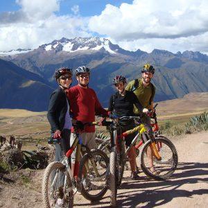 Ciclismo-a-Maras-y-Moray-1